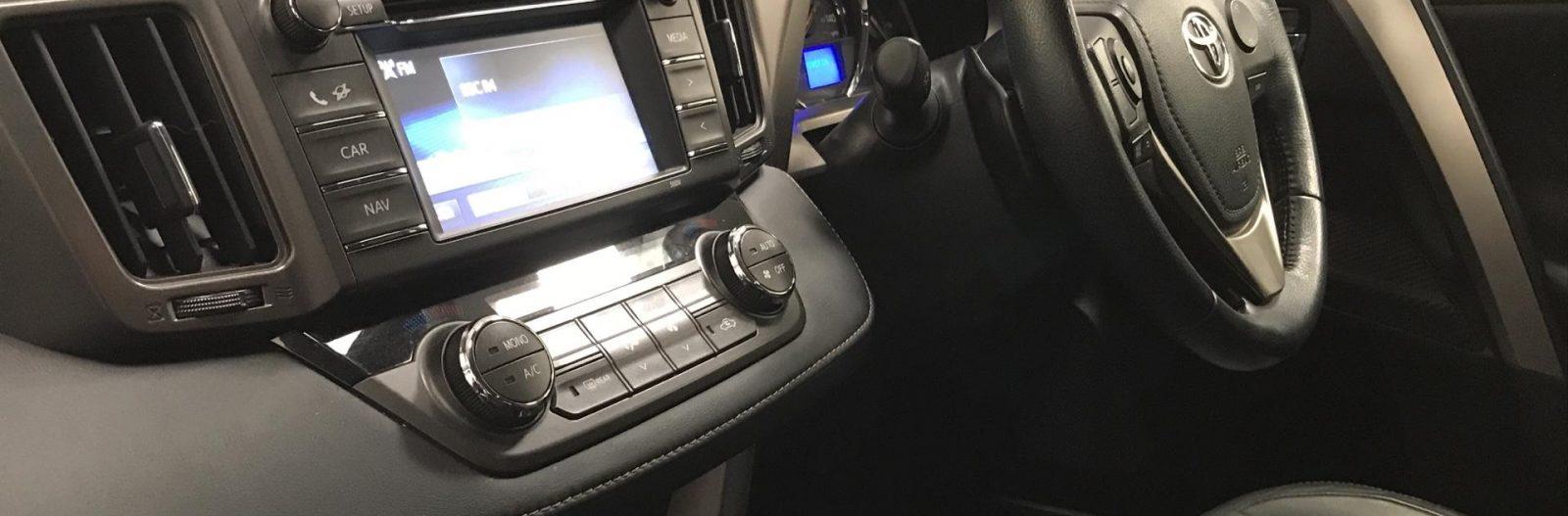 Toyota Rav 4 – Interior