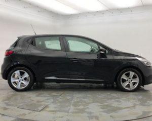 Image of a Renault Clio.